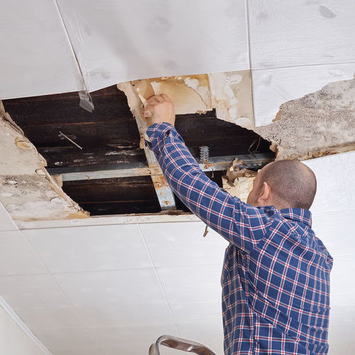 Home Insurance Claims Help for Ceiling with Water Damage